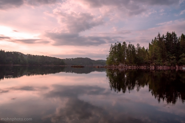 Alvøen Bergen Reflections